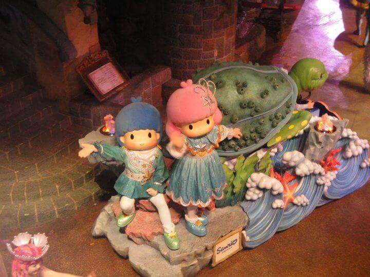sanrio puroland, tokyo, japan, children