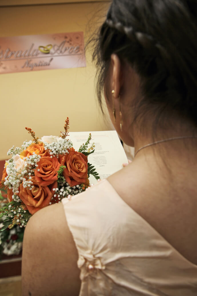 Sharing Wedding Photos,